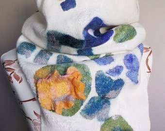 Scarf with Chemisett scarf designer felted scarf warm easy gift idea Easter Christmas