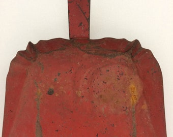 Vintage Rusty Metal Painted Red Dust Pan with Little Crimped Edge Detail