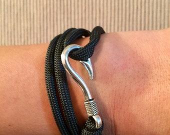 Paracord Fishing Hook Bracelet