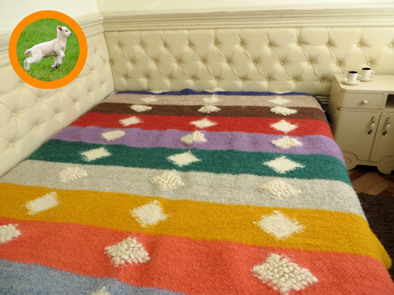 spread laine couvre lit couverture de jet lit tiss la. Black Bedroom Furniture Sets. Home Design Ideas