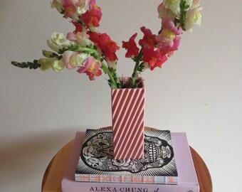 Pink vintage vase 80s