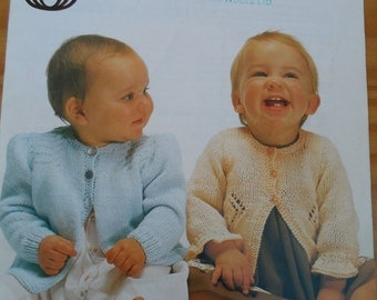 Vintage knitting pattern for baby's matinees coats knitted in double knit