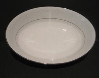"""Noritake Ranier 6909 ~ 9"""" Oval Serving Bowl White w Silver Trim Perfect"""