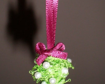 Dollhouse Miniature Kissing Ball, Mistletoe Ball.  Item #2.