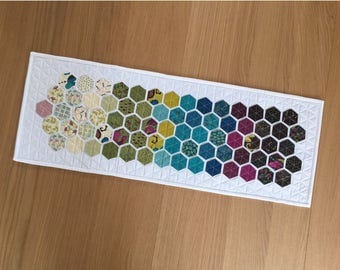 Hexagon Table Runner, patchwork quilted table runner, hexie table runner, fabric wall hanging, table topper, Mothers Day Gift, housewarming
