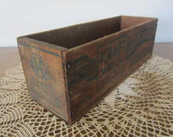 vintage cheese crate, small crate, wood box, card box, 5 pound cheese crate