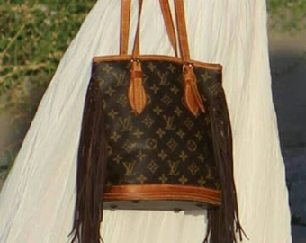 100% Authentic Louis Vuitton Bucket PM ... ready to ship today!!!