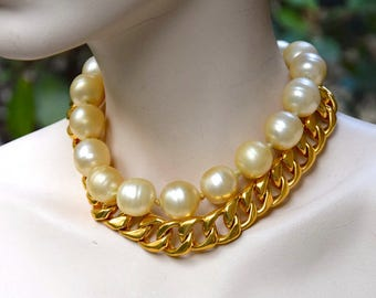 CHANEL 1993 Pearls and Chain Choker