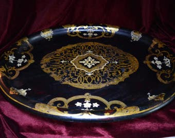 Victorian Large Papier Mache Tray by Jennens & Bettridge, Makers to the Queen.