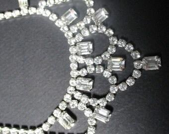 Vintage Weiss Rhinestone Necklace - Vintage Jewelry, Vintage Rhinestones, Wedding Necklace, Bridal Necklace
