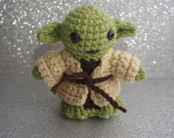 Jedi Master Yoda Amigurumi Pattern : Amigurumi yoda Etsy