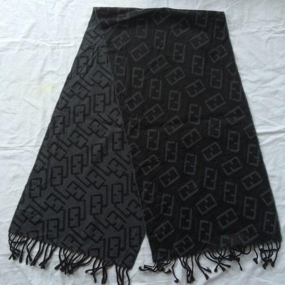 Fendi Made in Italy muffler scarve wool lana