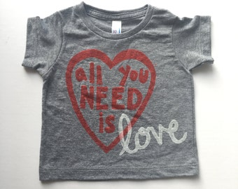 ready to ship | all you need is love t-shirt 6-12 months GREY