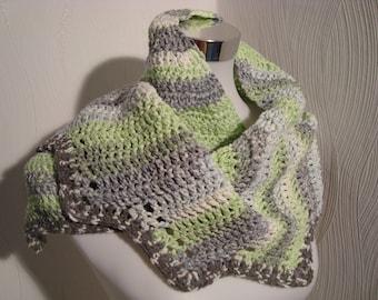 Scarf, Drachenschwanzschal scarf loop cloth stoles green white