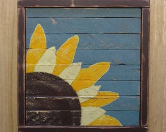 Sunflower pallet wall art Nursery decor - Reclaimed Wood - Barnwood
