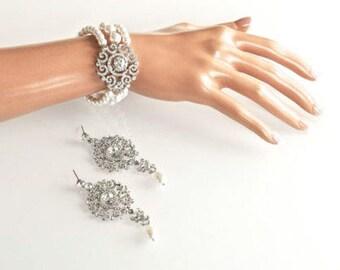 Beautiful Handmade Vintage Inspired Pearl and Crystal Bracelet and Earrings Set, Bridal, Wedding (Pearl-537)