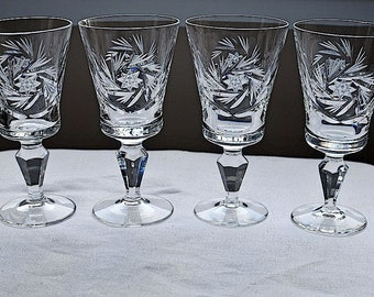 Vintage Pinwheel Crystal Set of Four Cordial Glasses / Pinwheel Lead Crystal Stemware / Stemmed Glassware / Cordial Glasses