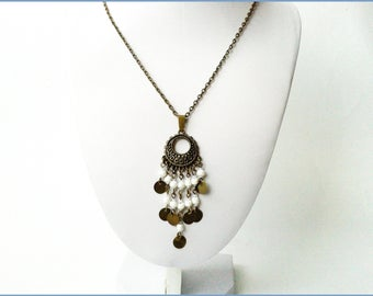 Oriental necklace metal pendant bronze and Pearl seed and miuky