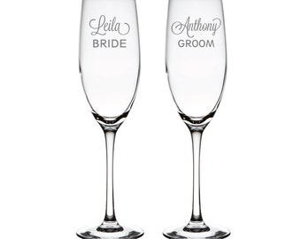 Classic Bride and Groom Personalized Toasting Flutes - Wedding Toasting Flutes - Champagne Flutes - Bride and Groom Gift - ALX6Z