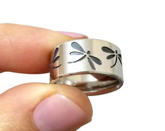 Dragonfly Sterling silver ring, dragonfly wedding band, custom fly ring, custom wedding bands, butterfly jewelry, insect on jewelry, ring