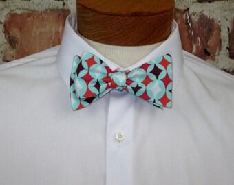 The Mod - A Retro Groovy Bowtie, Bow Tie. So Retro 1960s 1960's