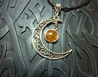 Celtic medieval elvish necklace with the moon filigrees and amber forgery
