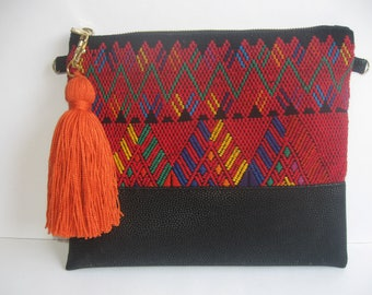 Mexican Dress/Black Crossbody/Mexican Purse/Chiapas Mexico/Bohemian Clutch/Mexican Clutch/Mexican Crossbody/Mexican Embroidered/Huipil/Frida