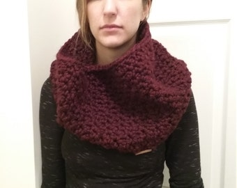 Chunky Knit Scarf - Cobblestone Cowl