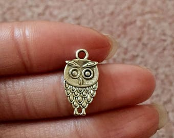 5 Owl Charms Antique Silver Tone