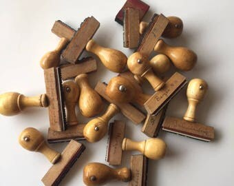 Collection of Vintage Wooden Handled Rubber Stamps - Lot with 16 vintage wooden stamps - Greeting from Dutch Cities