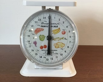 Vintage American Family Kitchen Scale 1950's