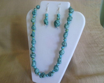 166 Imitation Turquoise Nugget Necklace with Marble Style Turquoise Spotted Beads Beaded Necklace
