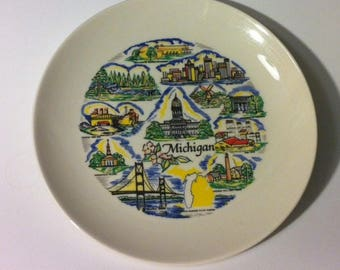 "Michigan Souvenir Plate 8"" diameter"