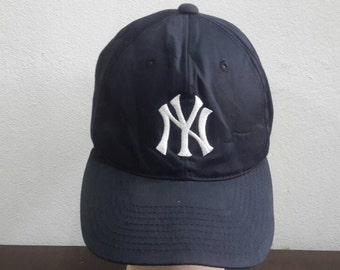 Vintage 80s 90s NY New York Yankees Budweiser Baseball Blue Navy Colour Snapback Adjustable Cap Hat