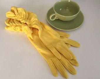 Glam Vintage Yellow Ladies 1950 60 Long Shirred Nylon Gloves Sz 6 - 7
