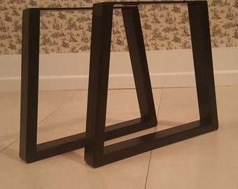 Metal trapezium table legs