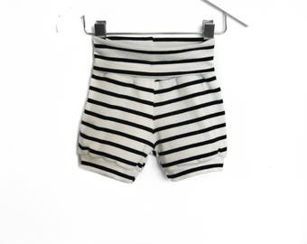 Striped sailor shorts