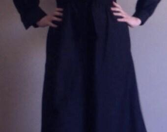 70's Black Shirt Collar Palazzo Pants 3/4 Length Capris Jumpsuit with Matching Tie Belt, Black 70's Capris Playsuit, Size Small