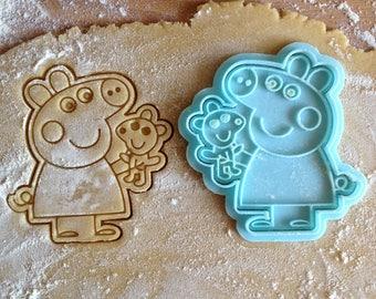 Peppa Pig cookie cutter. Peppa Pig cookie stamp. Kid's party supplies cookies