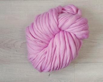 Art yarn Handspun Merino Wool novelty yarn pink Merino Wool slub