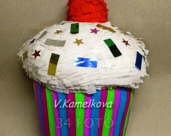 2 master-class piñata Cake + strawberry.