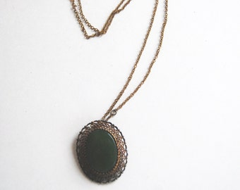 Vintage Pendant/Brooch, Sterling Siver, Green Stone