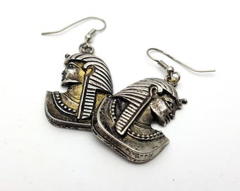 Egyptian Pharaoh Silver Tone Drop Hook Earrings Vintage from the 90s Ancient Egypt Pyramid Gods Hieroglyphs Mummy