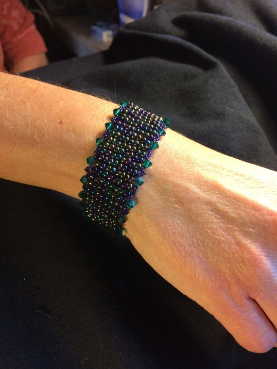 NO 84 Hand woven crystal and glass beaded bracelet