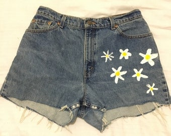 Daisies before rodeo II customised hand painted Levis jean shorts flowers puffy paint