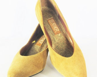 Womens Shoes Size 7 Womens heels Womens by BrocksVintageWShoes