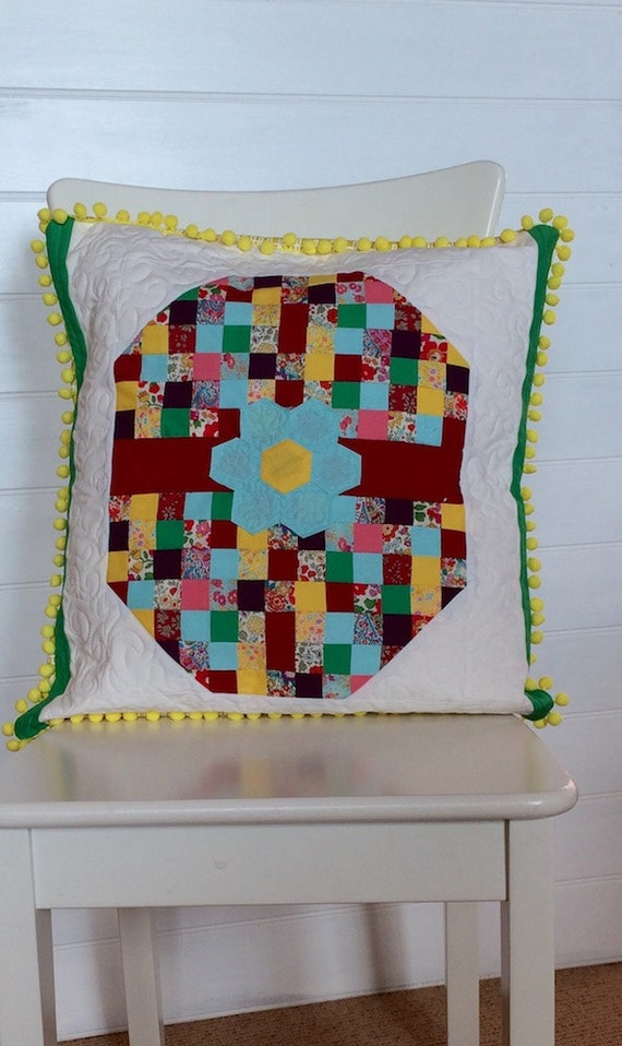 Mosaic egg quilt pattern from rubyseppingsdesigns on etsy for Egg mosaic design
