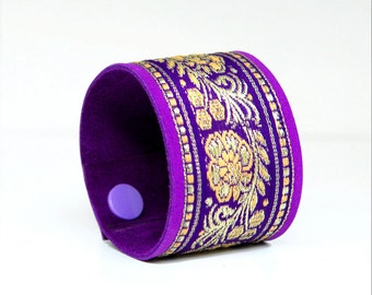 Great bracelet, leather, violet/purple, handmade