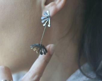 Kinetic Minimal Design Earrings, Flower  Statement Earrings for Women, Elgant Silver Long Earrings, Gift ideas for Her, Special Occasion