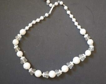 Vintage beaded necklace, faux pearl textured and clear white beads